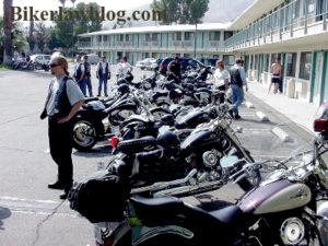 Palm Springs Motorcycle Accident attorney Norman Gregory Fernandez photo of bikes at Palm Spring Heat 2000